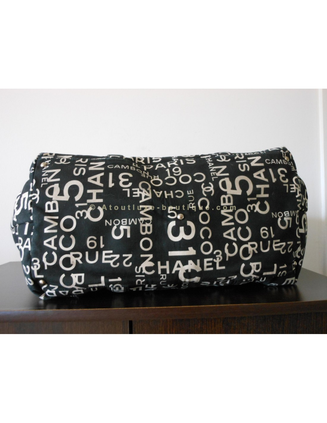 Sac A Main Chanel Blanc Et Noir : Sac chanel toile noir et blanc xxl atoutluxe boutique