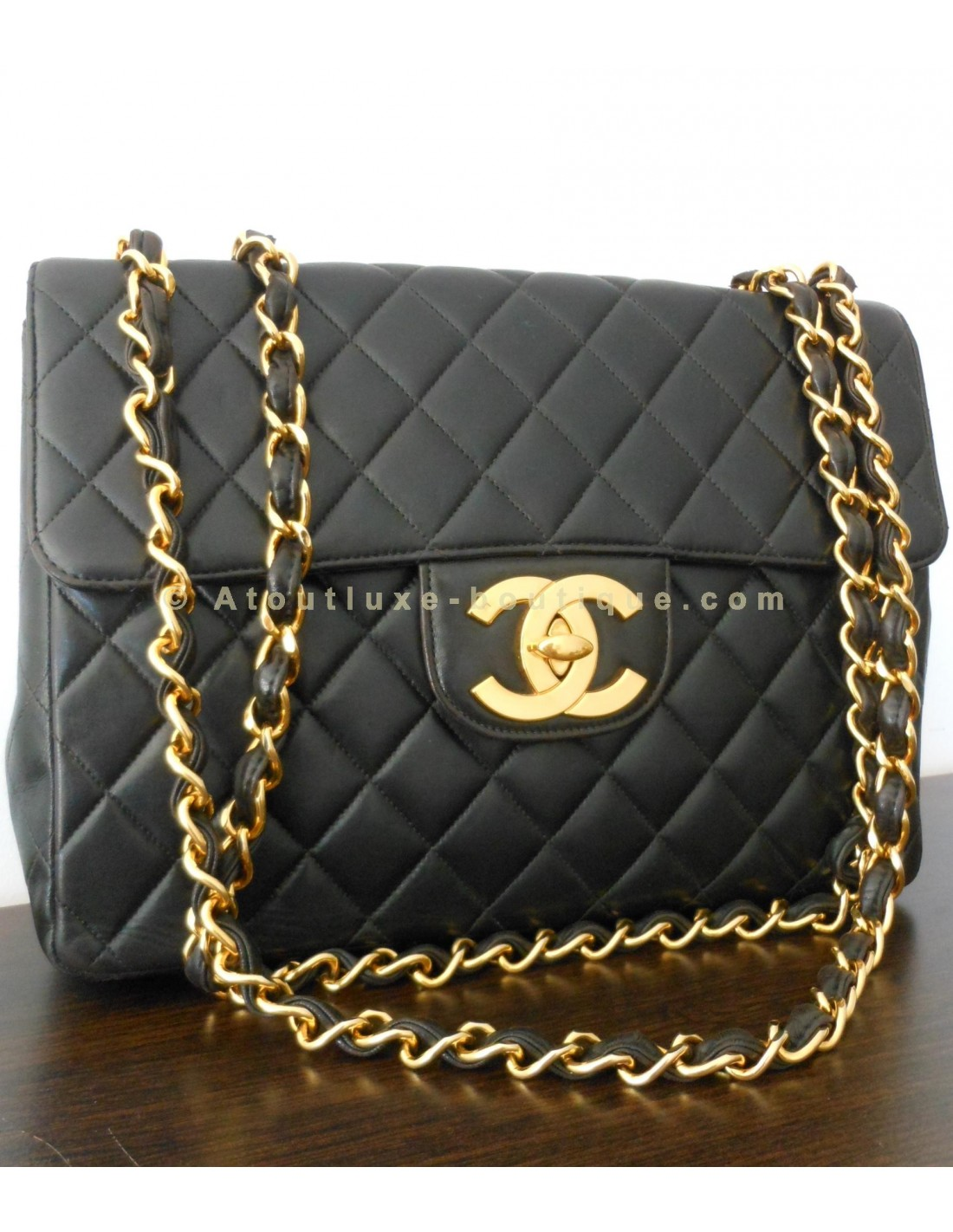 Sac chanel mademoiselle grand modele atoutluxe boutique for Sac chanel interieur
