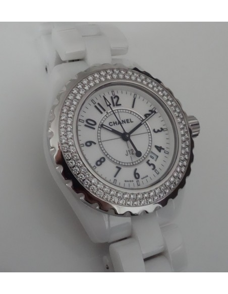 MONTRE CHANEL J12 FULL DIAMANTS