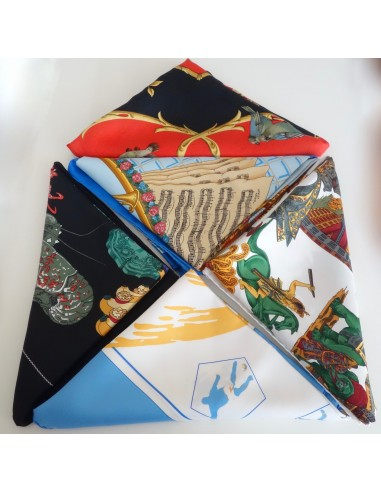 LOT 5 FOULARDS HERMES