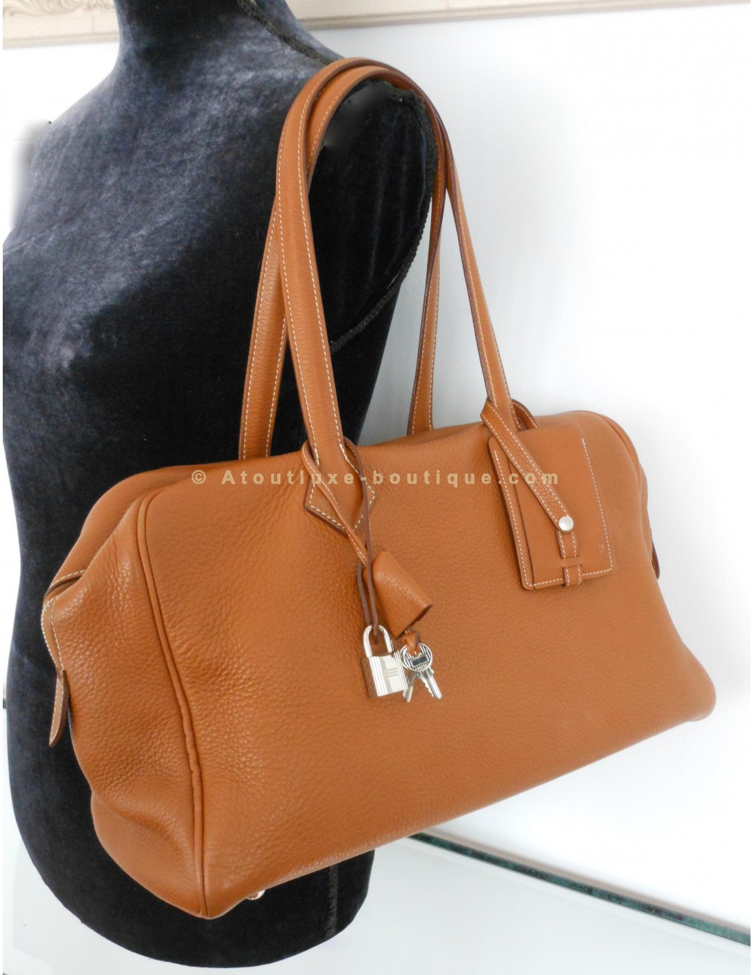 SAC HERMES VICTORIA 2 GOLD - Atoutluxe Boutique 0e322bed070