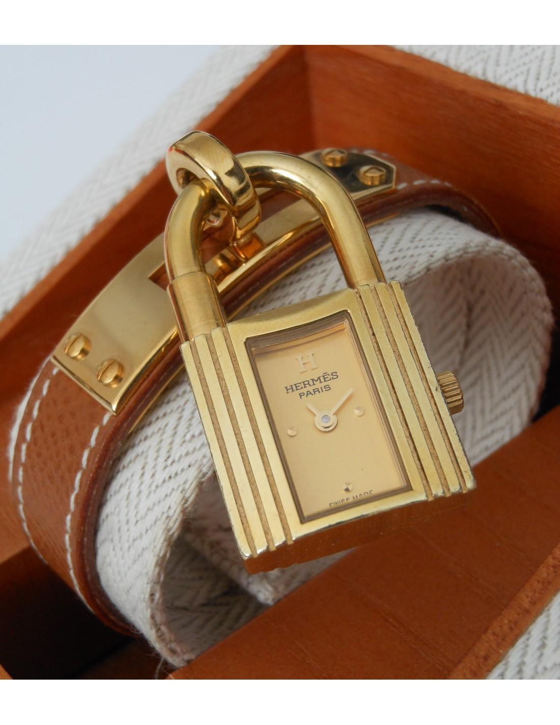 Montre hermes kelly prix neuf for Container prix neuf